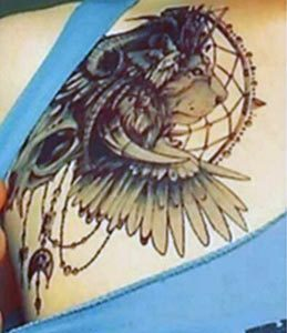 tatouage animal lion coiffe
